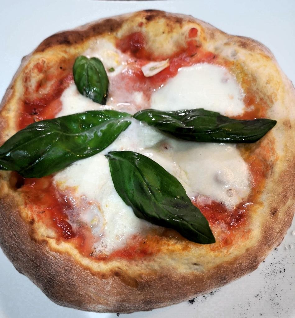 デロンギでピザ
